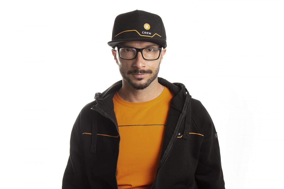 EK-Crew Black Snapback Cap