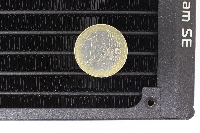 ekwb se radiator FPI thickness