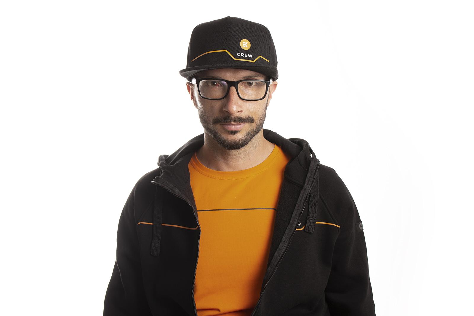 EK-Crew_Black_Snapback_Cap_3